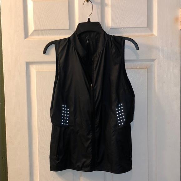 lululemon athletica Jackets & Blazers - Lululemon deep inhale vest